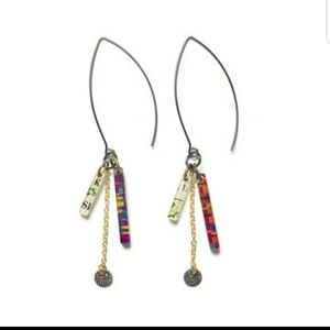 Color by amber drifter earrings